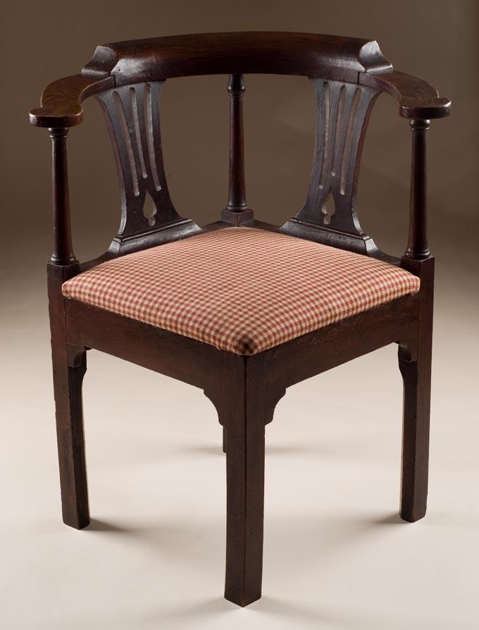 Antique Elm Corner Chair - Elm Corner Chair