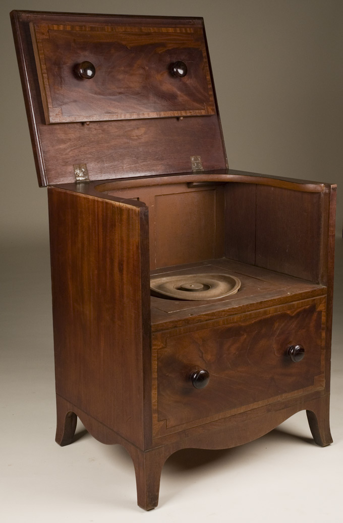 georgian antique commode. Black Bedroom Furniture Sets. Home Design Ideas