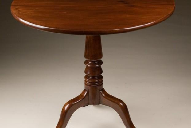 Antique English Tilt Top Table