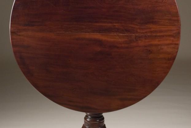 Old English Tilt Top Table