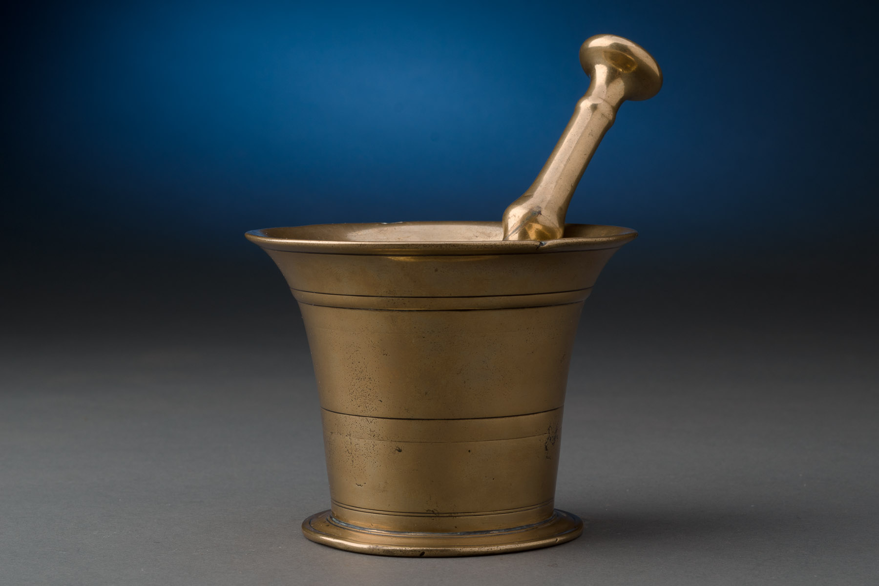English brass mortar and pestle Motor pestle