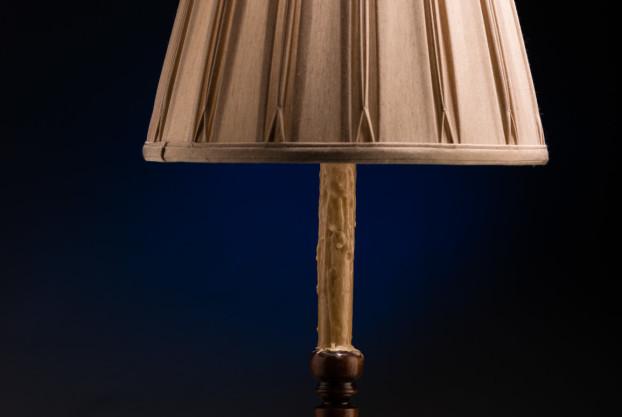 Wooden Trumpet Candlestick Lamp