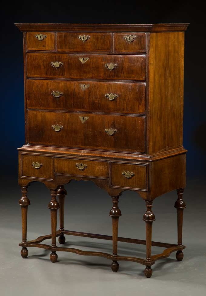 William Amp Mary Chest On Stand