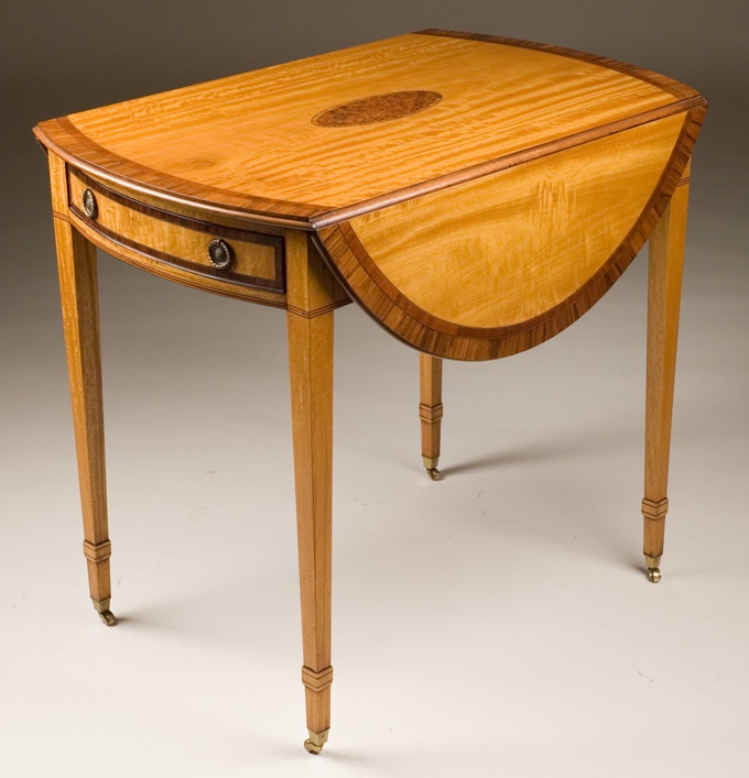 Reproduction Pembroke Table