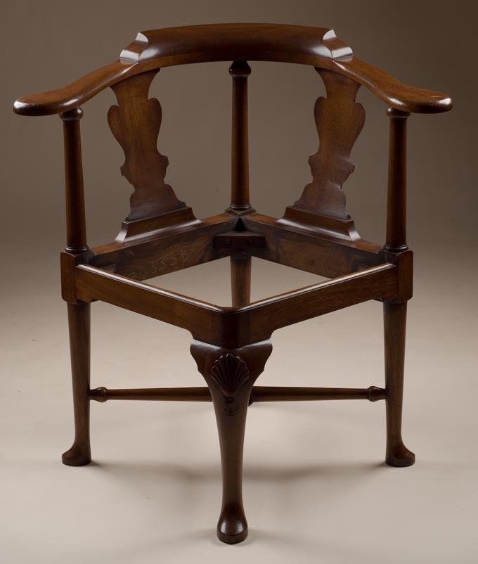 - Reproduction Mahogany Corner Chair